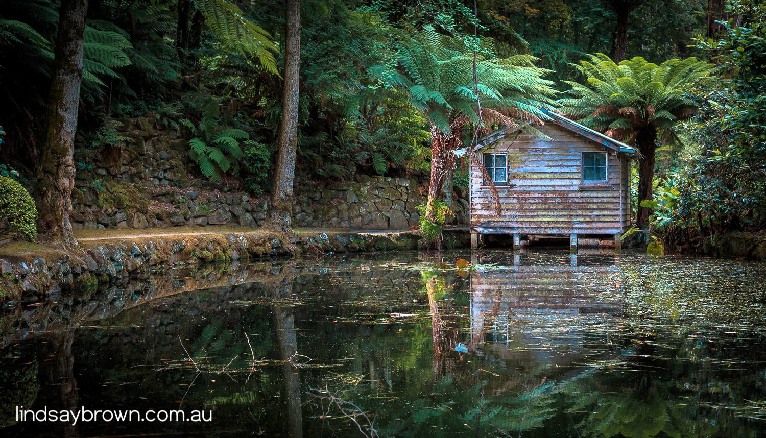 Alfred Nicholas Memorial Gardens Boat Shed